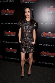 Jennifer Connely made an appearance at the 'Avengers: Age of Ultron' screening wearing a Louis Vuitton (no surprise there) embroidered mini dress with puffed sleeves.