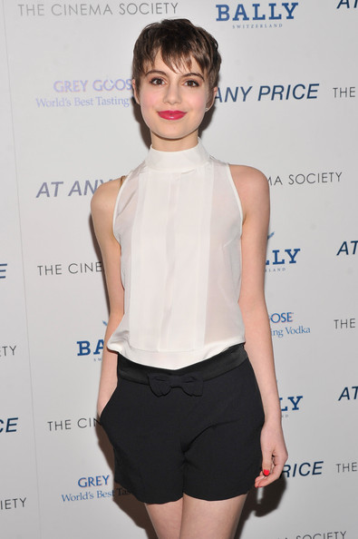More Pics of Sami Gayle Dress Shorts (1 of 4) - Sami Gayle Lookbook - StyleBistro