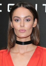 Nicole Trunfio highlighted her peepers with amethyst eyeshadow.