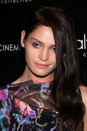 Heidi Mount wore her long shiny locks swept over her shoulder while attending a screening of 'The Hunger Games.'