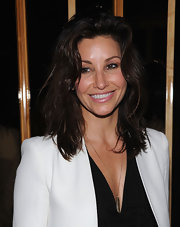 Gina Gershon wore her hair in textured layers at the screening of 'The Hunger Games.'