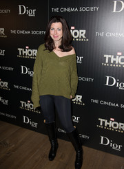 Heather Matarazzo kept it relaxed in an olive-green V-neck sweater when she attended the 'Thor: The Dark World' screening in NYC.