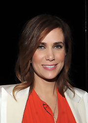 Kristen Wiig attended a screening of 'Friends With Kids' wearing her layered cut in subtle sleek waves.