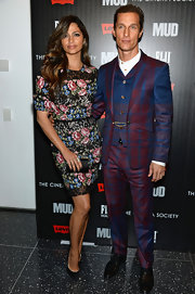 Matthew McConaughey got bold in a plaid plum and blue three-piece suit at the 'Mud' premiere.