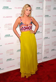 We are totally crushing on Christian Siriano's summery silk maxi-skirts!