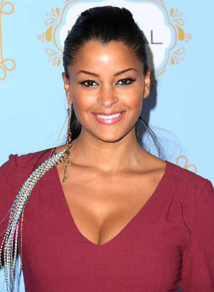 Claudia Jordan Feathered Earring