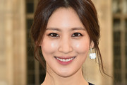 Claudia Kim Loose Ponytail