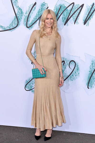 Claudia Schiffer Chain Strap Bag [clothing,dress,turquoise,fashion,shoulder,carpet,blond,footwear,flooring,haute couture,arrivals,claudia schiffer,london,england,the serpentine gallery,serpentine galleries summer party,the serpentine galleries summer party]
