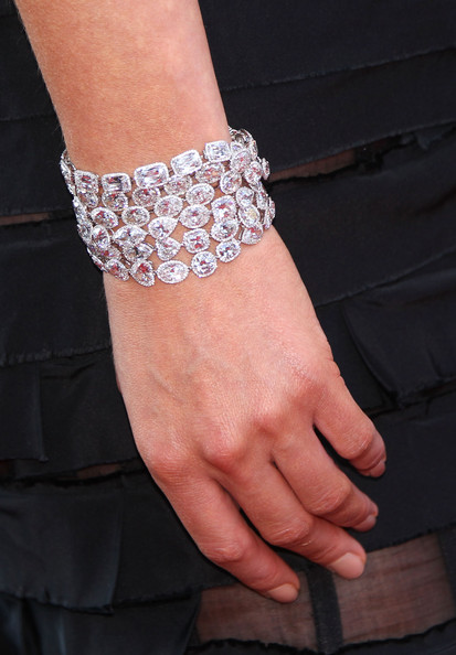 Asia Argento wore a multi-strand diamond bracelet at the closing ceremony of 63rd Cannes Film Fest.