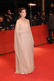 Clotilde Courau cut a regal figure in a beige gown with a sheer overlay at the 2017 Berlinale International Film Festival closing ceremony.
