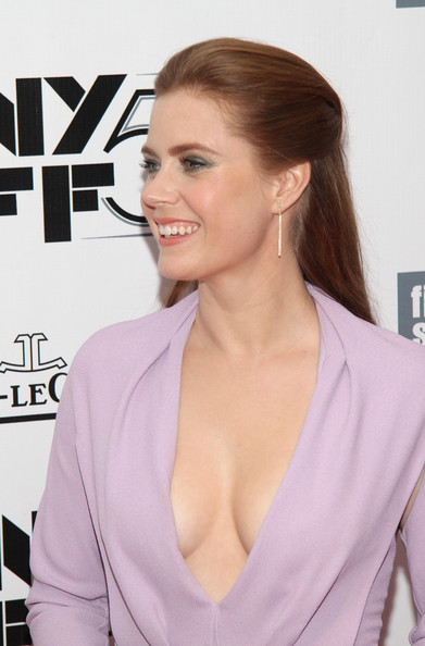 More Pics of Amy Adams Half Up Half Down (1 of 14) - Amy Adams Lookbook - StyleBistro
