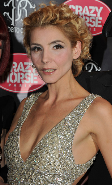Clotilde Courau Hair