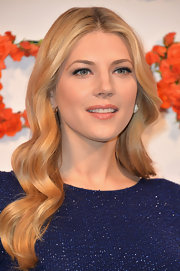 Katheryn Winnick rocked beautiful blonde waves!