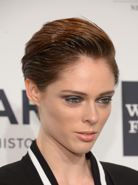 Coco Rocha Side Parted Straight Cut