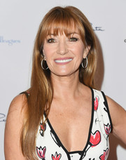 Jane Seymour opted for a long straight style with wispy bangs when she attended the Colleagues and Oscar de la Renta spring luncheon.