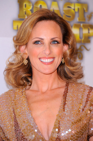Marlee Matlin went for an ultra glamorous look at the Comedy Central Roast of Donald Trump.