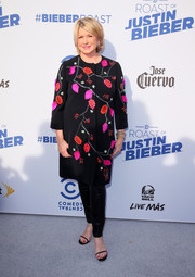 Martha Stewart attended the Comedy Central Roast of Justin Bieber looking classy in a floral-beaded coat.