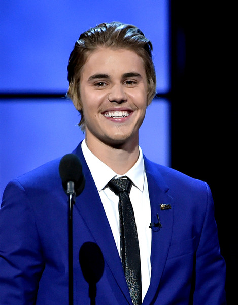 More Pics of Justin Bieber Classic Solid Tie (1 of 279) - Ties Lookbook - StyleBistro [comedy central roast,cobalt blue,suit,forehead,electric blue,speech,official,white-collar worker,formal wear,spokesperson,event,justin bieber,culver city,california,sony studios,show]
