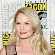 Jennifer Morrison's Long Curls