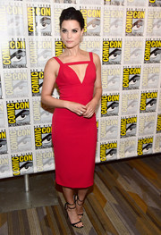 Jaimie Alexander looked va-va-voom in a figure-hugging red cutout dress by Christian Siriano during Comic-Con International 2016.
