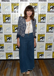 Mary Steenburgen topped off her outfit with a paisley-print cropped jacket.