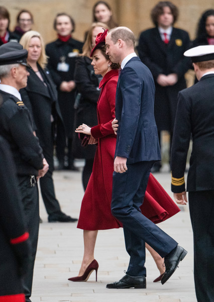 More Pics of Kate Middleton Decorative Hat (1 of 22) - Decorative Hat Lookbook - StyleBistro