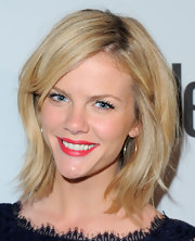 Brooklyn Decker perfected her look with a muted red lipstick.