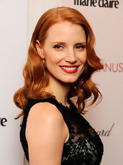 Jessica Chastain topped off her look with a sweet and glamorous curly 'do.