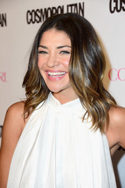 Jessica Szohr styled her shoulder-length locks with feathery waves for Cosmopolitan's 50th birthday celebration.