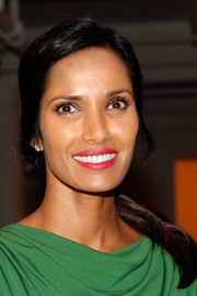 Padma Lakshmi sported a simple loose ponytail when she attended the Costello Tagliapietra fashion show.