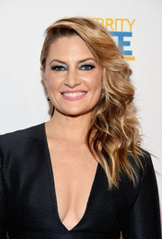 Madchen Amick looked oh-so-glam with her side-swept waves at the 2018 Television Industry Advocacy Awards.