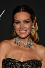 Petra Nemcova adorned her lobes with a beautiful pair of diamond drop earrings by Chopard.