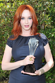 Christina Hendricks showed off her Critics Choice Award as well as her killer cocktail ring, a rutilated quartz set in 18K yellow gold and oxidized silver.