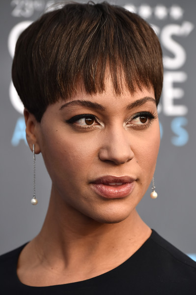 Cush Jumbo Bowl Cut [hair,face,hairstyle,eyebrow,chin,lip,forehead,bangs,head,cheek,arrivals,cush jumbo,santa monica,california,barker hangar,annual critics choice awards]