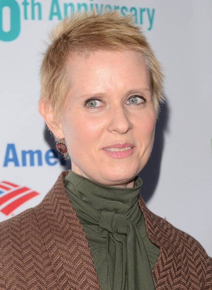 Cynthia Nixon Spiked Hair [hair,face,hairstyle,chin,blond,forehead,neck,arrivals,cynthia nixon,public theater,delacorte theater,new york city,gala,public theater 50th anniversary gala]