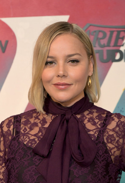Abbie Cornish looked sweet with her graduated bob while visiting DIRECTV House.