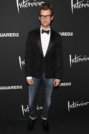Brad Goreski showed off his signature funky style with a sparkly geometric print black blazer.