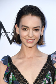 Brigette Lundy-Paine kept it casual with this messy bob at the 2018 Fashion Los Angeles Awards.