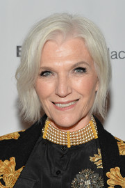 Maye Musk attended the 2016 Fashion Media Awards wearing a subtly wavy 'do.
