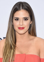 JoJo Fletcher wore a simple yet stylish straight 'do at the Daily Front Row's Fashion Media Awards.