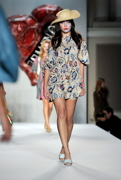 Daisy Lowe Print Dress [fashion show,fashion model,runway,fashion,clothing,fashion design,street fashion,public event,spring,summer,daisy lowe,runway,london,england,vivienne westwood red label,vivienne westwood red label spring,lfw spring,fashion show]