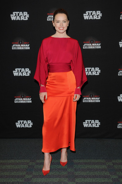 Daisy Ridley Loose Blouse