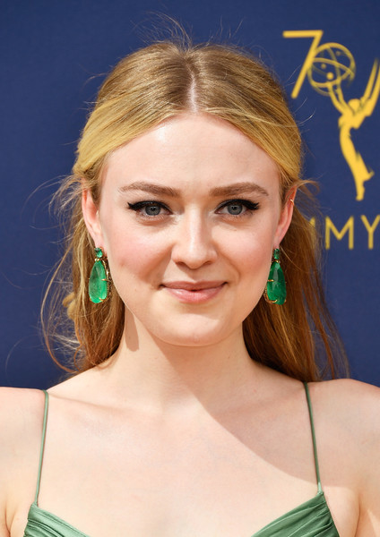 Dakota Fanning Dangling Gemstone Earrings