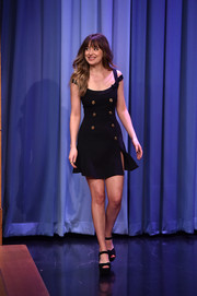 Dakota Johnson donned a Versace cold-shoulder LBD that was a perfect mix of sweet and sexy for her appearance on 'Jimmy Fallon.'