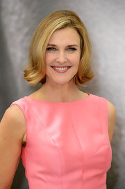 Brenda Strong flipped out her bob to complete her retro look.