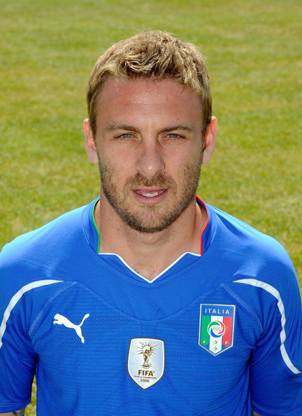 Daniele De Rossi Short Straight Cut