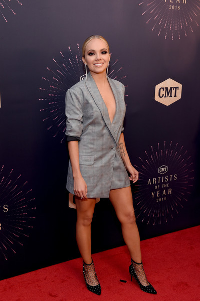 Danielle Bradbery Ankle Boots [clothing,red carpet,fashion,carpet,fashion model,footwear,flooring,premiere,human leg,event,red carpet,cmt artists of the year,danielle bradbery,nashville,tennessee,schermerhorn symphony center,cmt artists of the year]