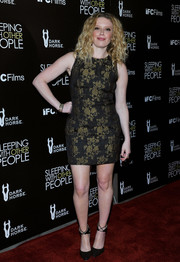 Natasha Lyonne showed plenty of leg in this brocade mini dress during the premiere of 'Sleeping with Other People.'