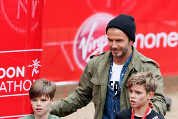 David Beckham Romeo Beckham Virgin Money London Marathon