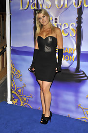 Alison wears a mini strapless, leather corset dress for the 'Days of our Lives' Anniversary Party. She rocked some elbow length gloves with this gutsy ensemble.